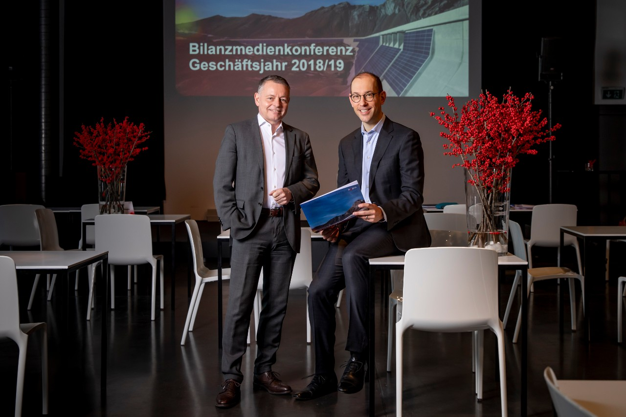 Thomas Sieber, Chairman and Delegate of the Board of Directors, CEO a.i. and Joris Gröflin, CFO at the Annual Media Conference