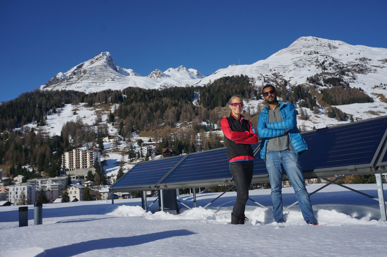 Annelen Kahl and Varun Sharma in front of a test facility in Davos.