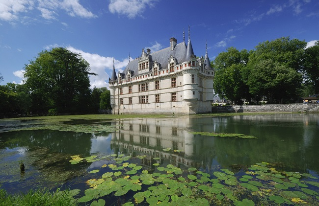 Azay-le-Rideau, all castles are in or near the valley of Loire